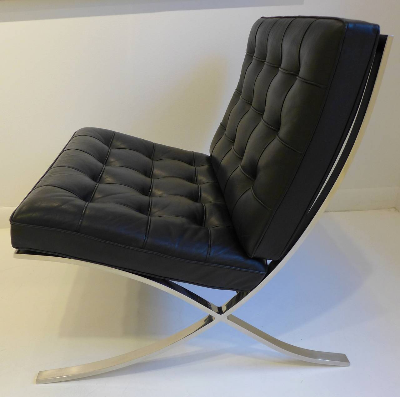 knoll barcelona chair at 1stdibs