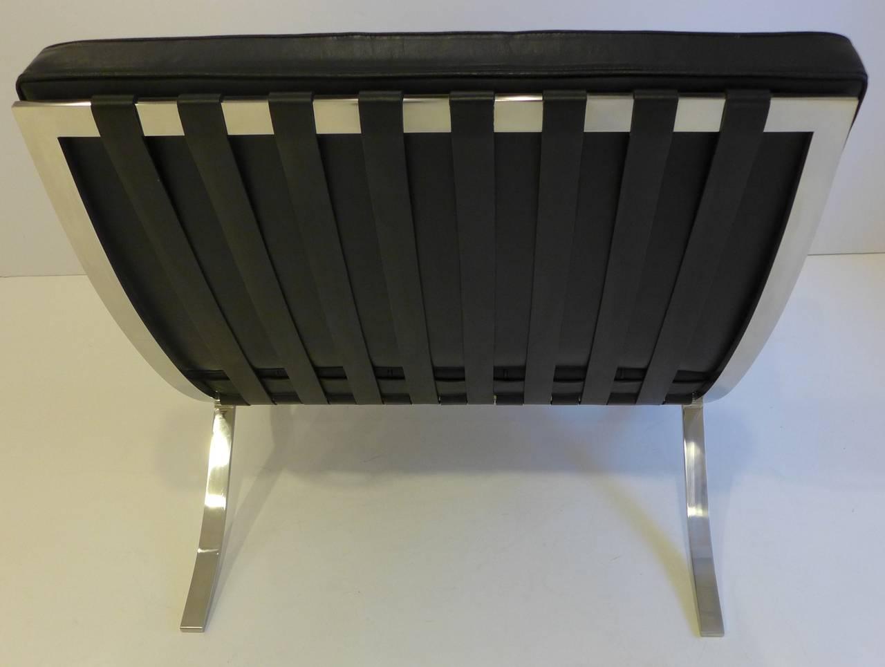 knoll barcelona chair at 1stdibs. Black Bedroom Furniture Sets. Home Design Ideas