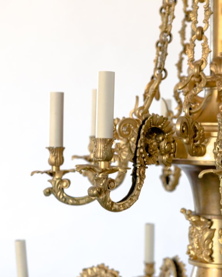 An 18 Light Gilt Brass Chandelier For Sale At 1stdibs
