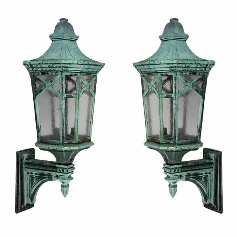 An Antique Pair Of Large Exterior Wall Lanterns At 1stdibs
