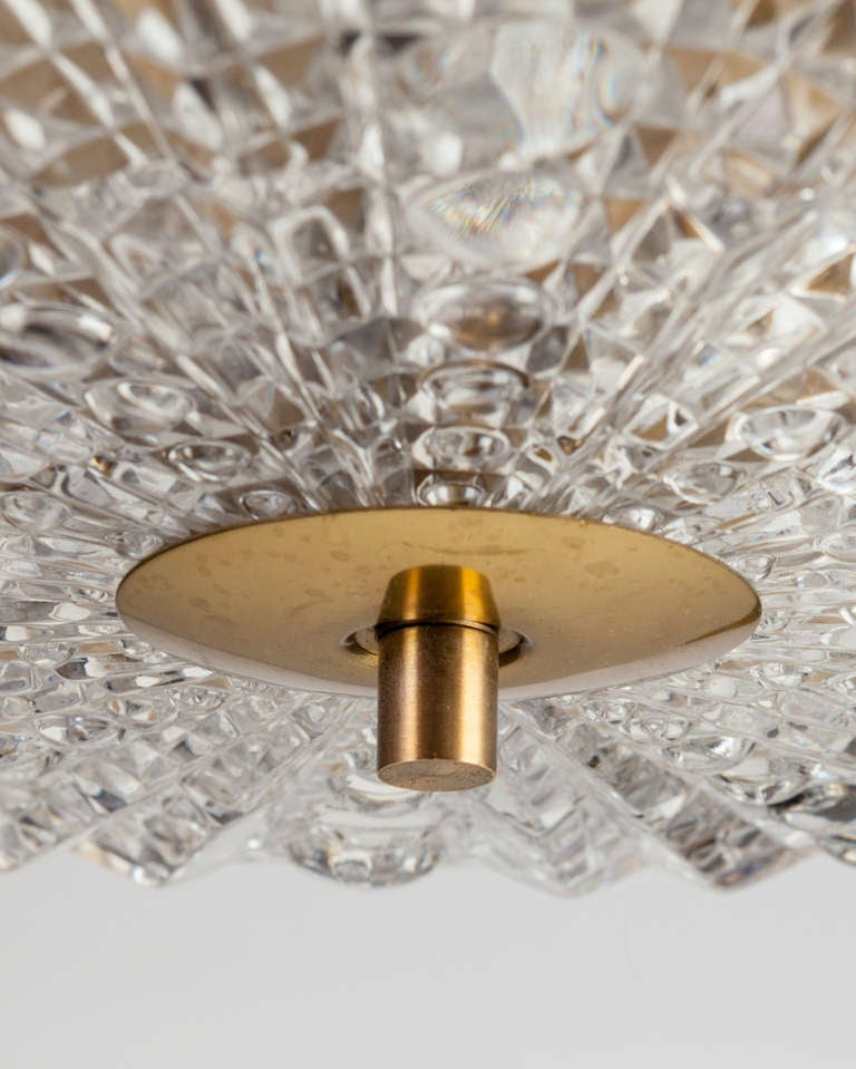 An Orrefors glass pendant In Excellent Condition For Sale In New York, NY