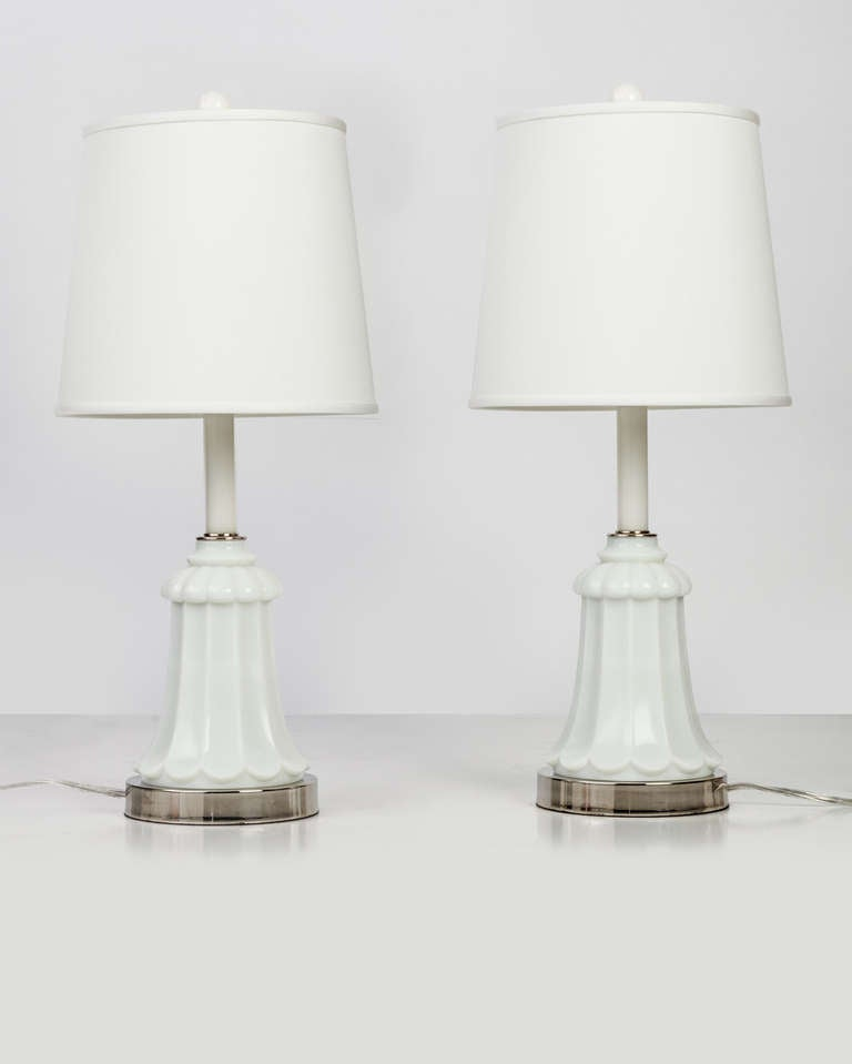 A Pair Of Milk Glass Table Lamps For Sale At 1stdibs