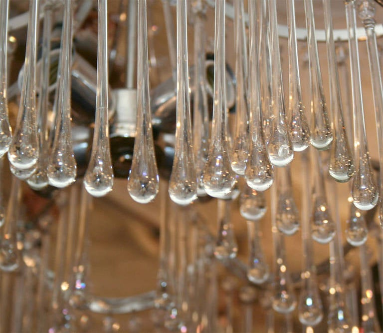 Pair of Glass Pendant Light Fixtures In Excellent Condition For Sale In New York, NY