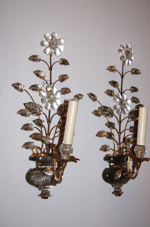 Floral Metal Wall Sconces : Set of Gilt Metal Floral Sconces For Sale at 1stdibs