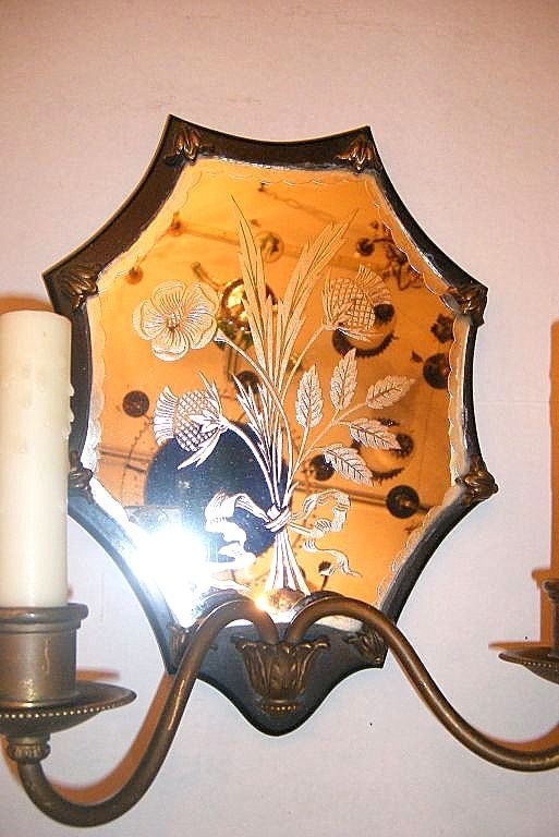 20th Century Pair of Mirrored Sconces For Sale