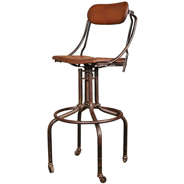 Vintage Industrial Adjustable Back Bar Stool at 1stdibs : 949756l from www.1stdibs.com size 768 x 768 jpeg 30kB