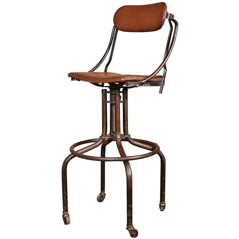 Vintage Industrial Adjustable Back Bar Stool at 1stdibs : 949756l from 1stdibs.com size 768 x 768 jpeg 30kB