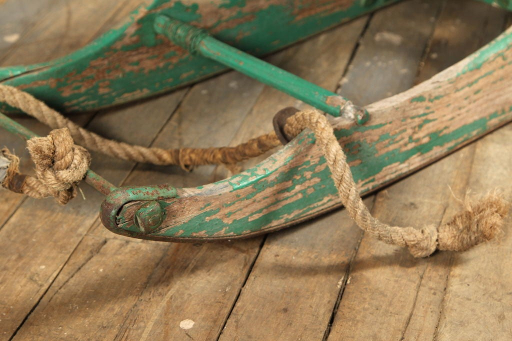 Vintage American Made Antique Wooden Snow Sled Toboggan In Distressed Condition For Sale In Oakville, CT