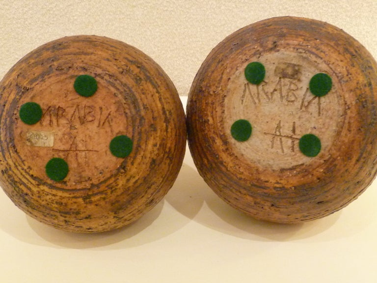 1960s Auli Heinonen Chamotte Pottery Vases for Arabia In Excellent Condition For Sale In Miami, FL