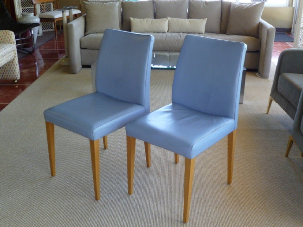 Great Pair Of Poltrona Frau Liz Chairs In Blue Leather 2