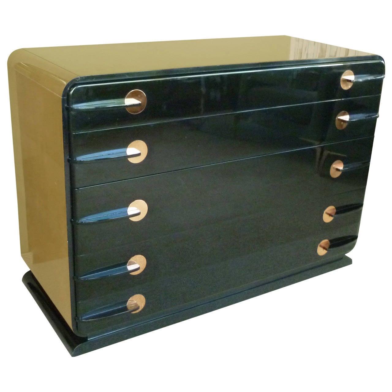 Donald deskey style streamline moderne dresser at 1stdibs for Case moderne