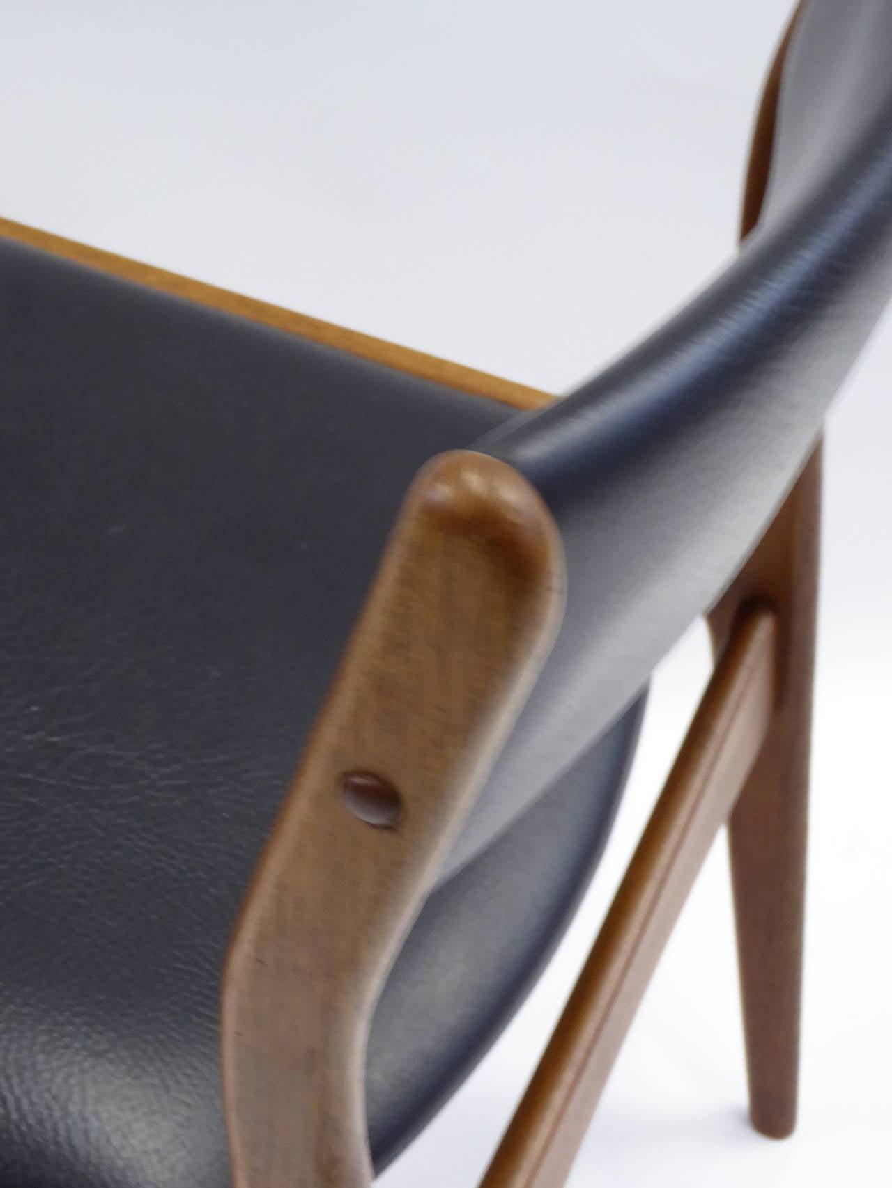 Johannes Andersen for Uldum Mobelfabrik Danish Teak Dining Chairs For Sale 1