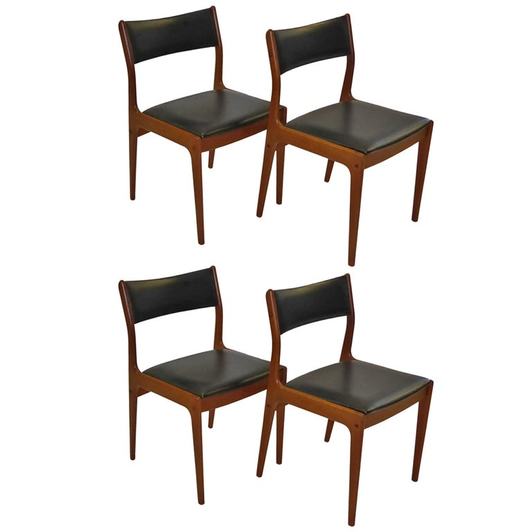 Johannes Andersen for Uldum Mobelfabrik Danish Teak Dining Chairs For Sale