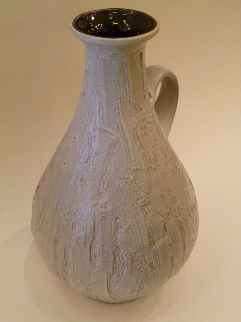Large 1950s Clemens & Huhn Textured German Pottery Krug Floor Vase In Excellent Condition For Sale In Miami, FL