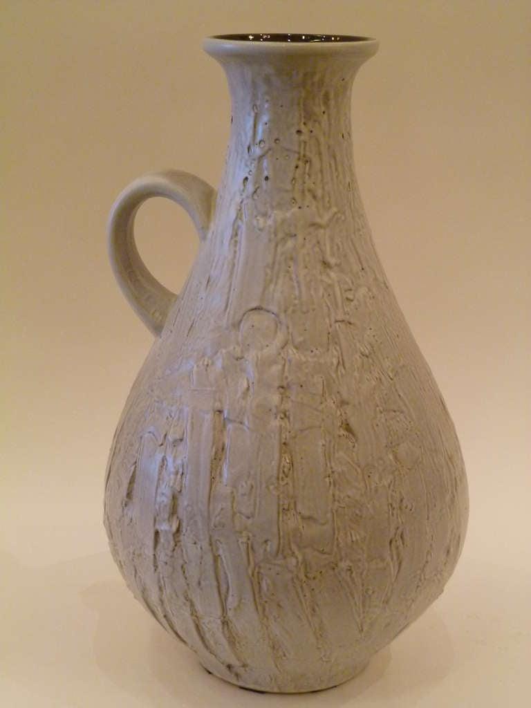 Large 1950s Clemens & Huhn Textured German Pottery Krug Floor Vase For Sale 4