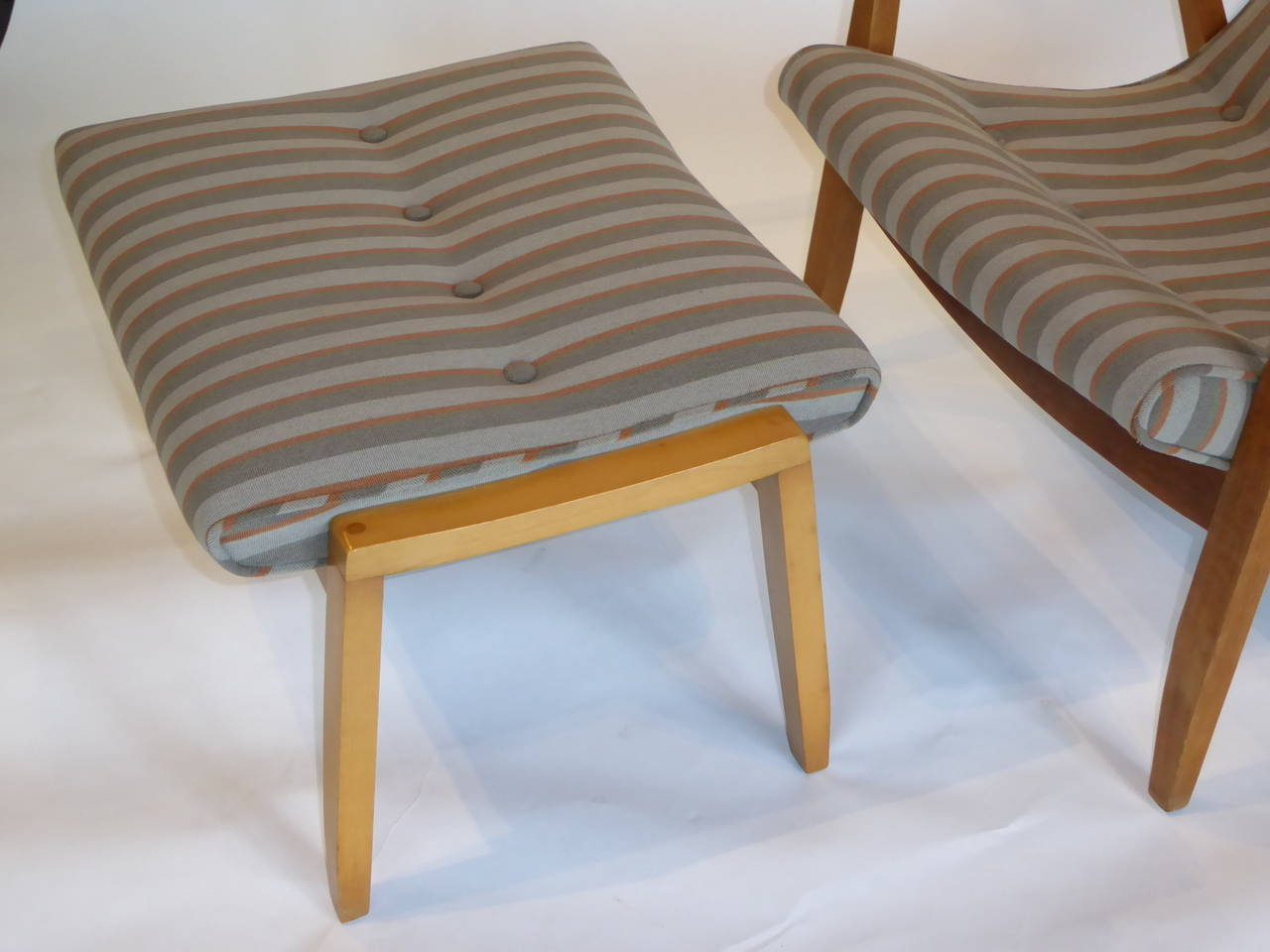 American 1950s Milo Baughman Scoop Lounge Chair and Ottoman For Sale