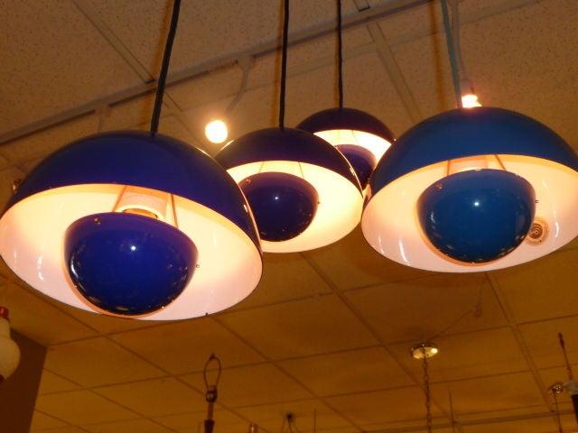 Verner Panton Flowerpot Standerlampe - Iconic Verner Panton Flowerpot Pendant Lamps at 1stdibs