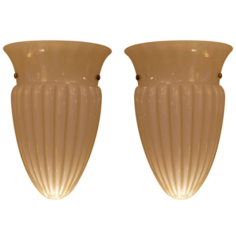 Chic Barovier et Toso Urn Form Sconces For Sale
