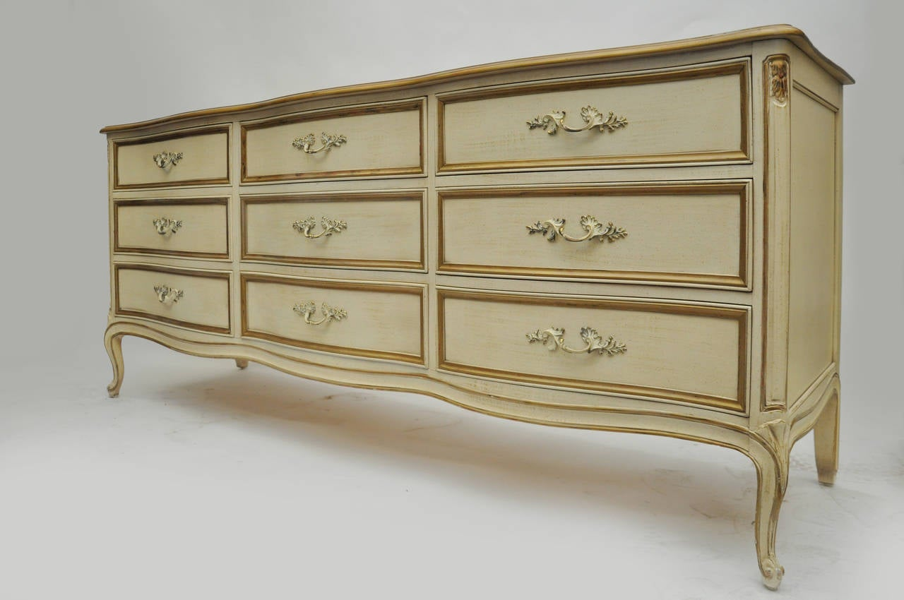 Henredon French Style Cream And Gold Guild Dresser Or