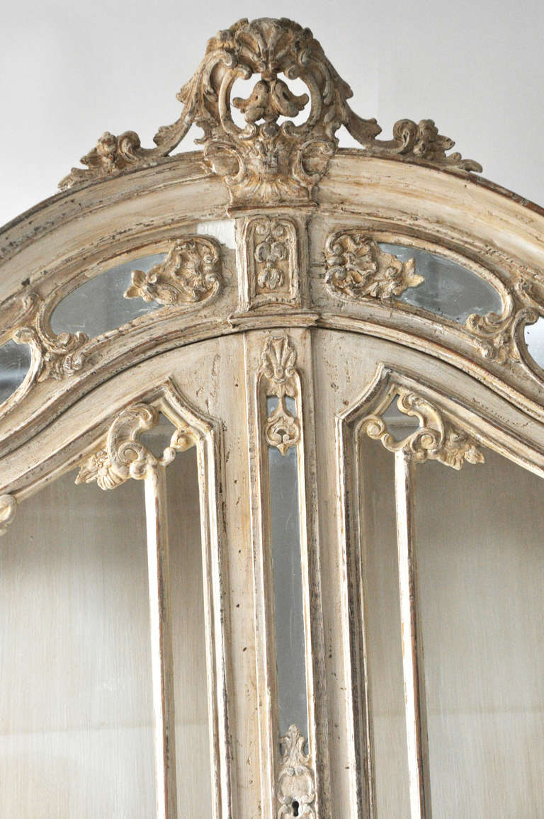 vintage french vitrine with mirrored glass at 1stdibs. Black Bedroom Furniture Sets. Home Design Ideas