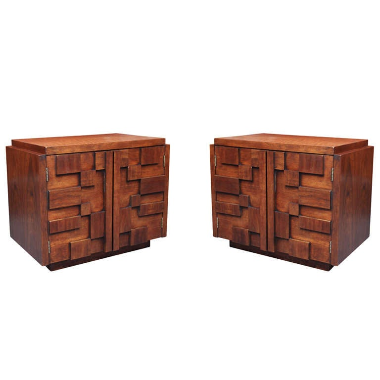Pair of Bold and Sculptural Nightstands or End Tables For Sale