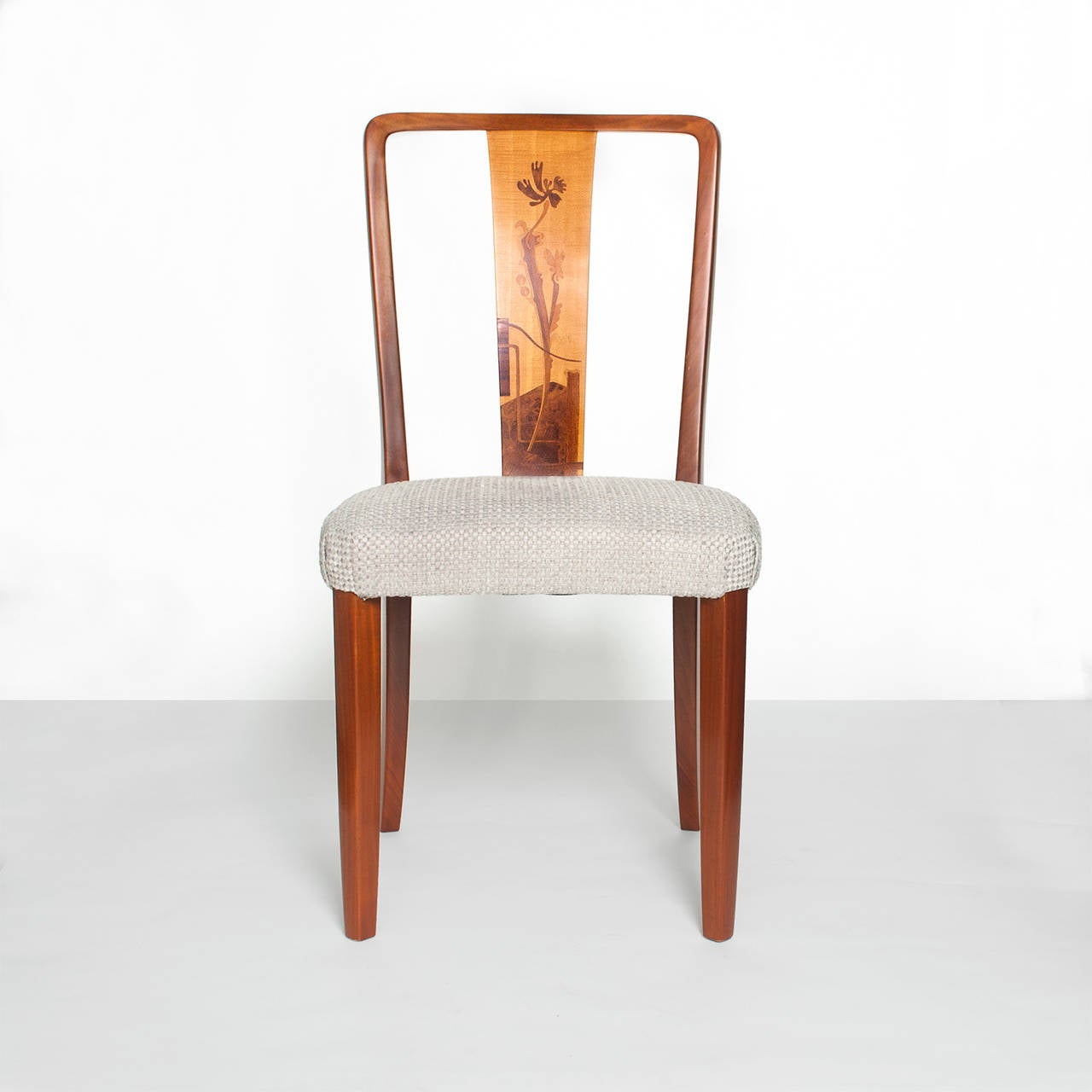 Scandinavian Modern Erik Chambert Set of Four Dining Chairs In Excellent Condition For Sale In New York, NY