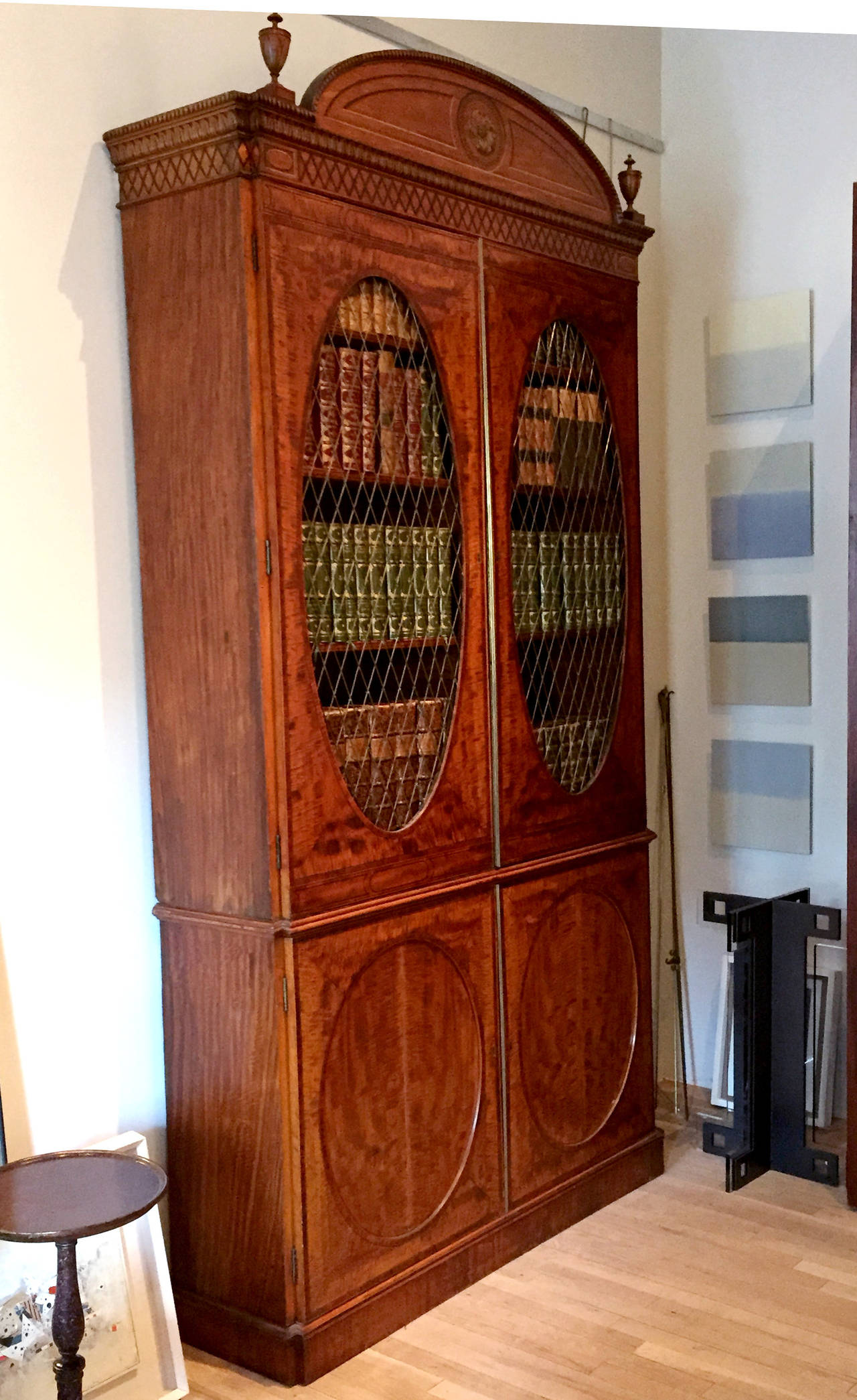 Fine Hepplewhite Decorated Inlaid Satinwood & Mahogany Two-Part Bookcase Cabinet 1
