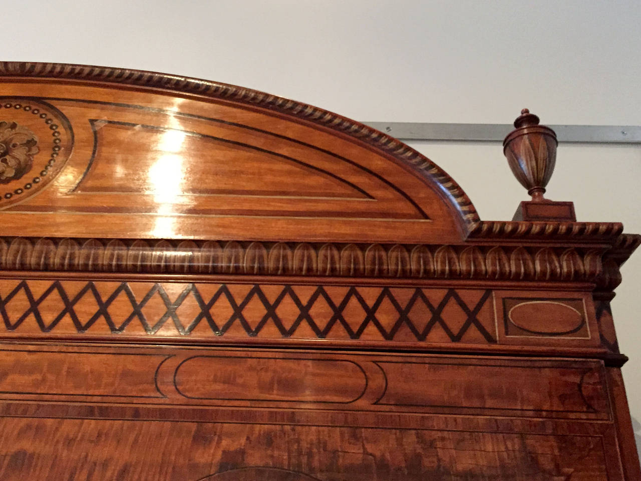 18th Century and Earlier Fine Hepplewhite Decorated Inlaid Satinwood & Mahogany Two-Part Bookcase Cabinet