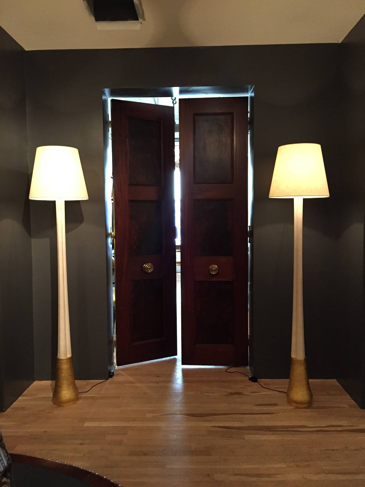 Gilded Ceramic and Parchment Trefoil Floor Lamps by Andrea Koeppel For Sale 1
