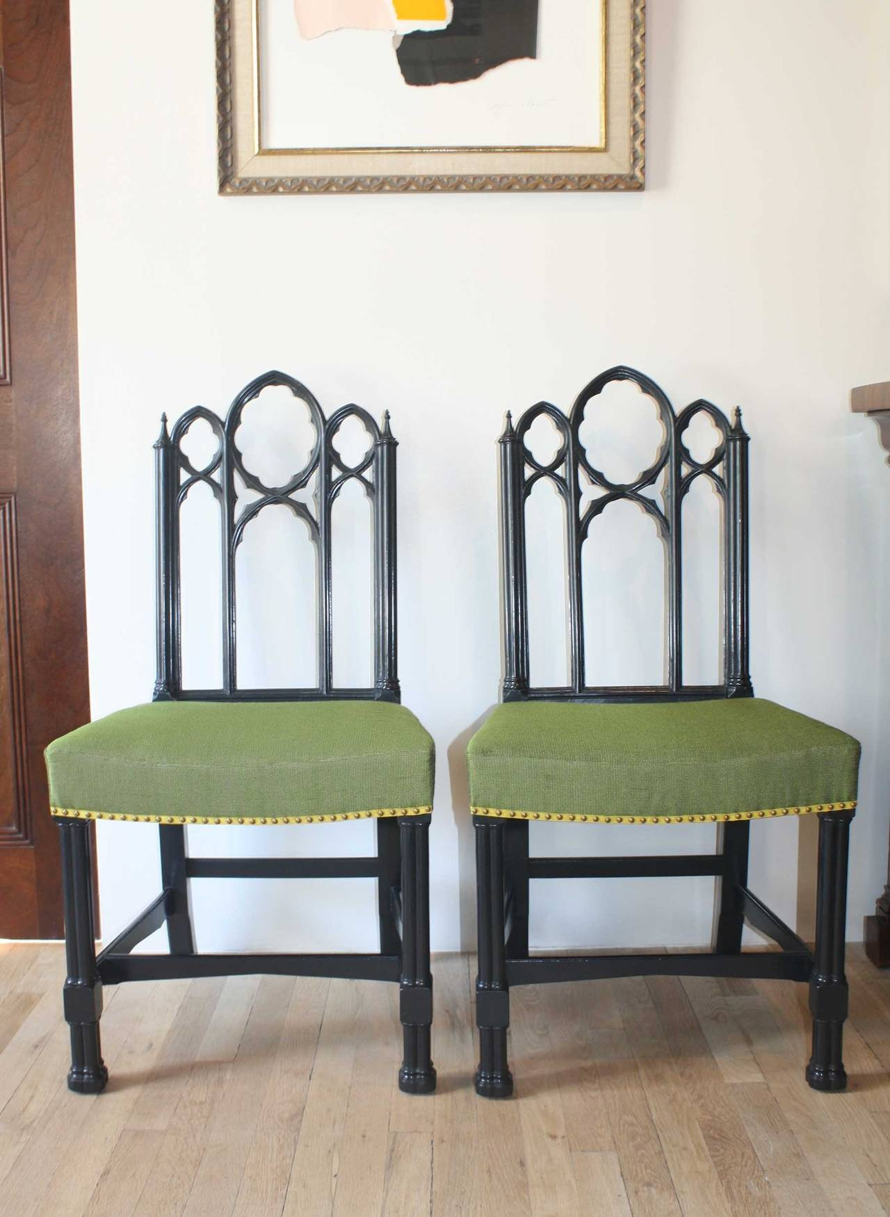 Set of Four Ebonized Gothic Side Chairs In Excellent Condition For Sale In New York, NY
