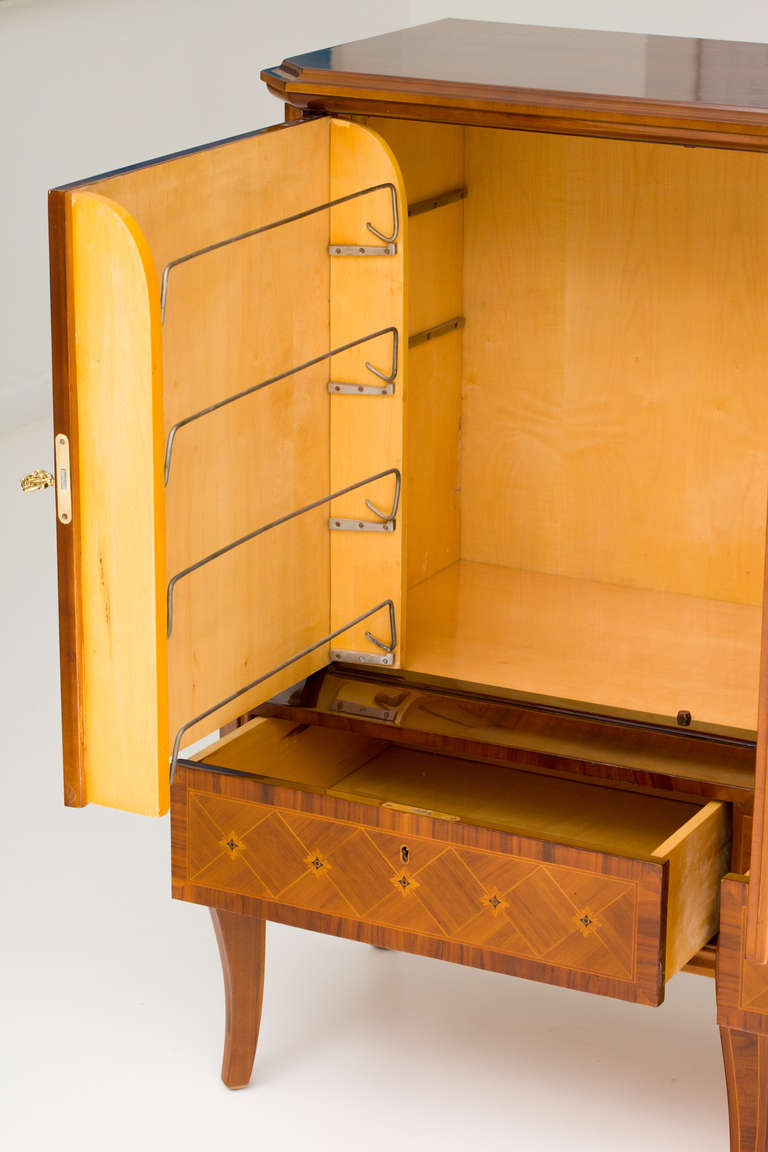 Hungarian Art Deco Sideboard with Exotic Wood Inlay For Sale 4