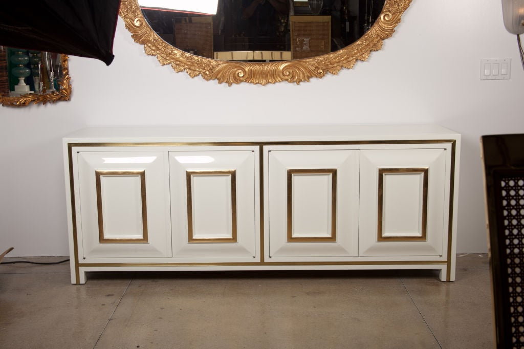 White Lacquer Credenza with Brass Inset by Mastercraft image 2
