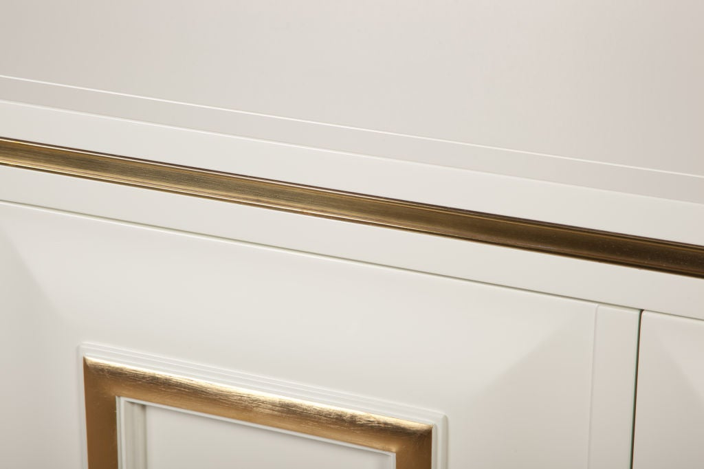 White Lacquer Credenza with Brass Inset by Mastercraft image 5