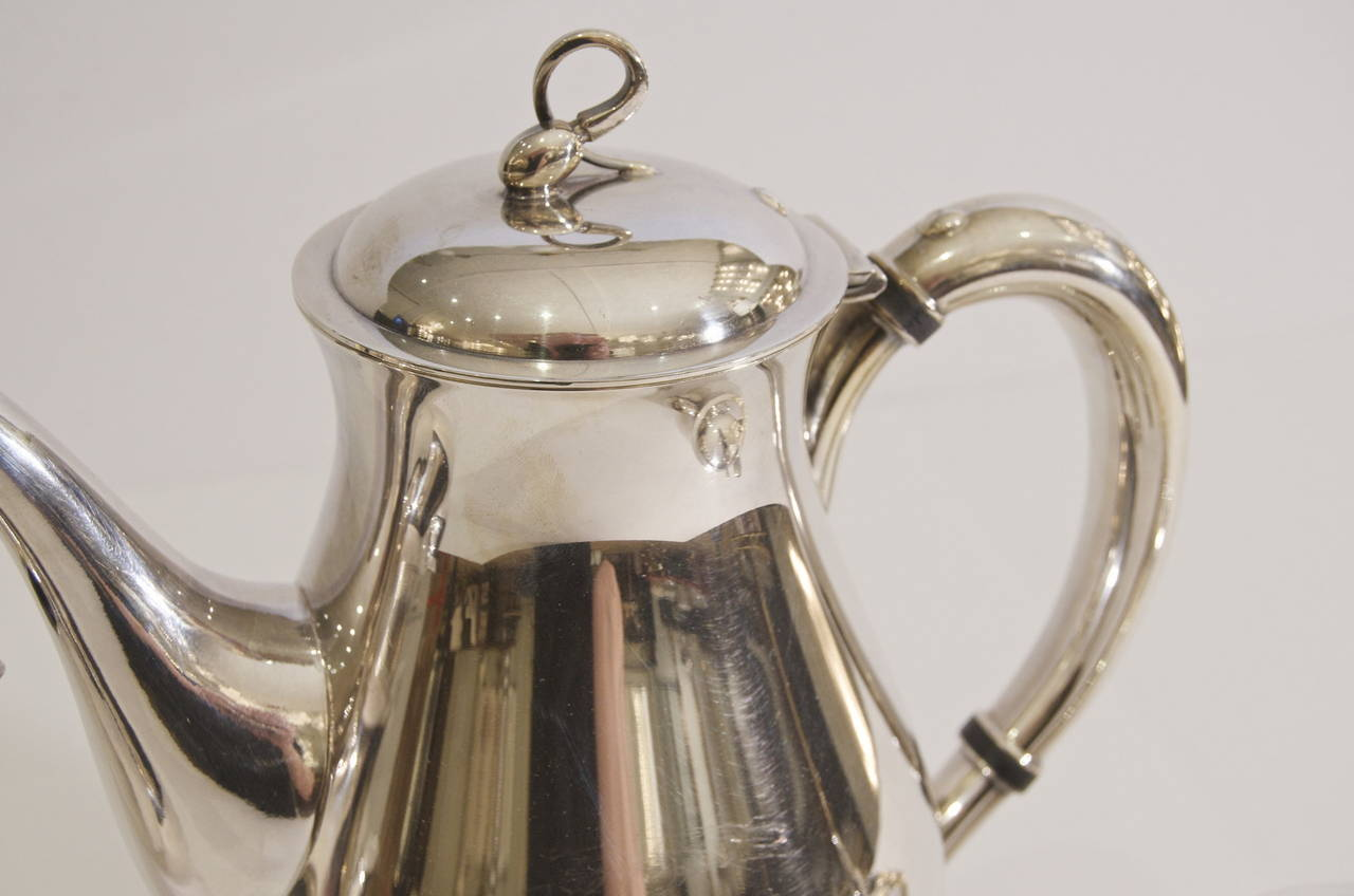 "Mid-20th Century Reed & Barton ""Americana"" Silverplate Tea & Coffee Service For Sale"
