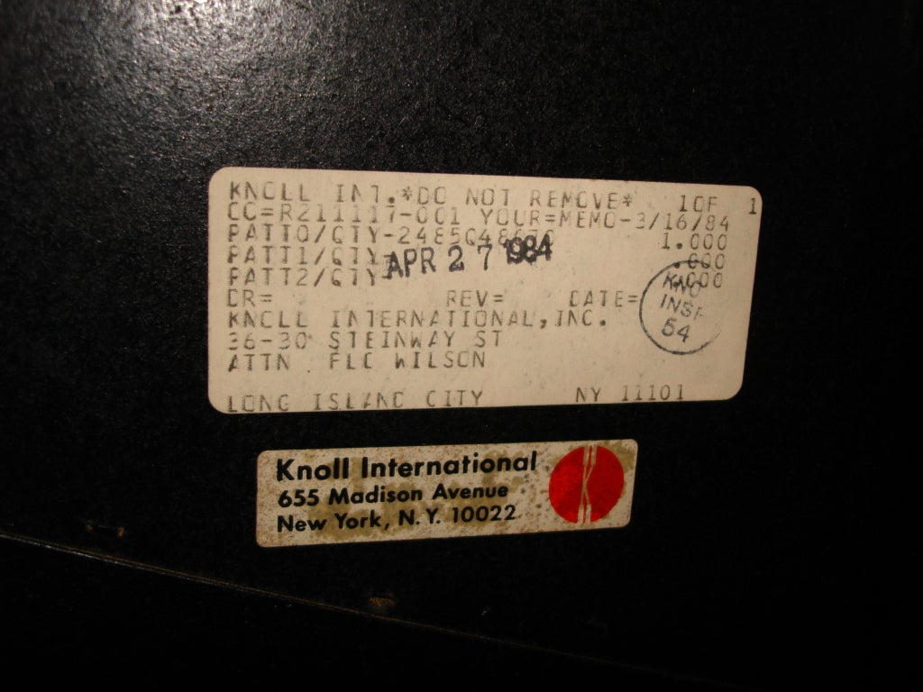 Dating knoll labels