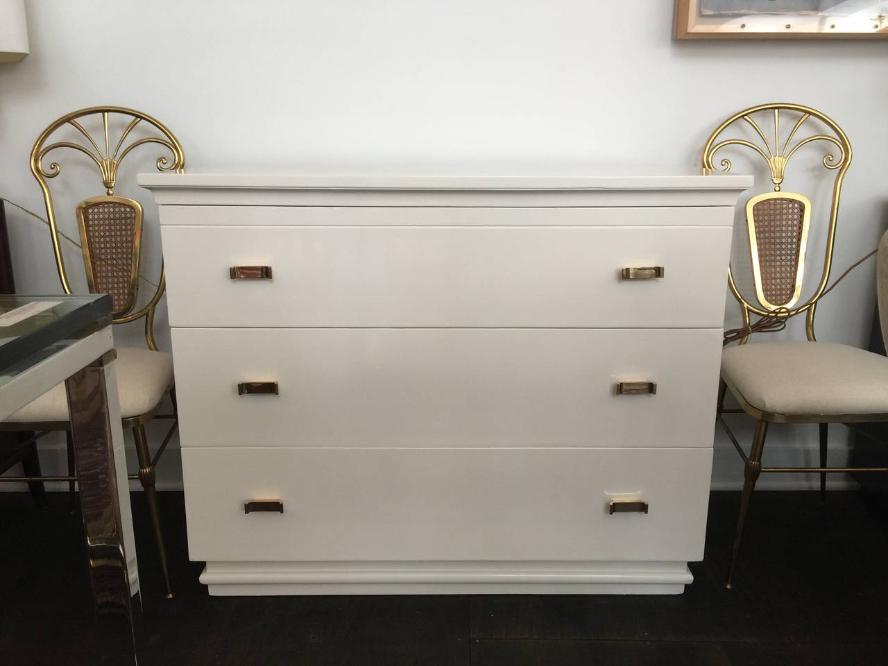 Donald Deskey Art Deco Dresser with Polished Bronze Pulls For Sale 1