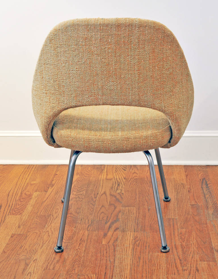 Pair Of Eero Saarinen Executive Side Chairs By Knoll At 1stdibs