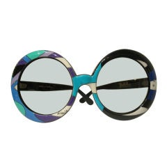 Pair of Vintage Oversized Sunglasses Designed by Emilio Pucci thumbnail 1