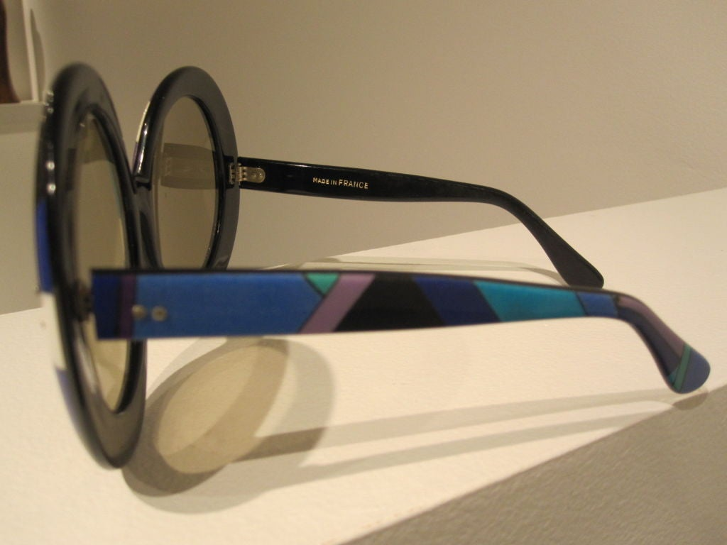Pair of Vintage Oversized Sunglasses Designed by Emilio Pucci image 4