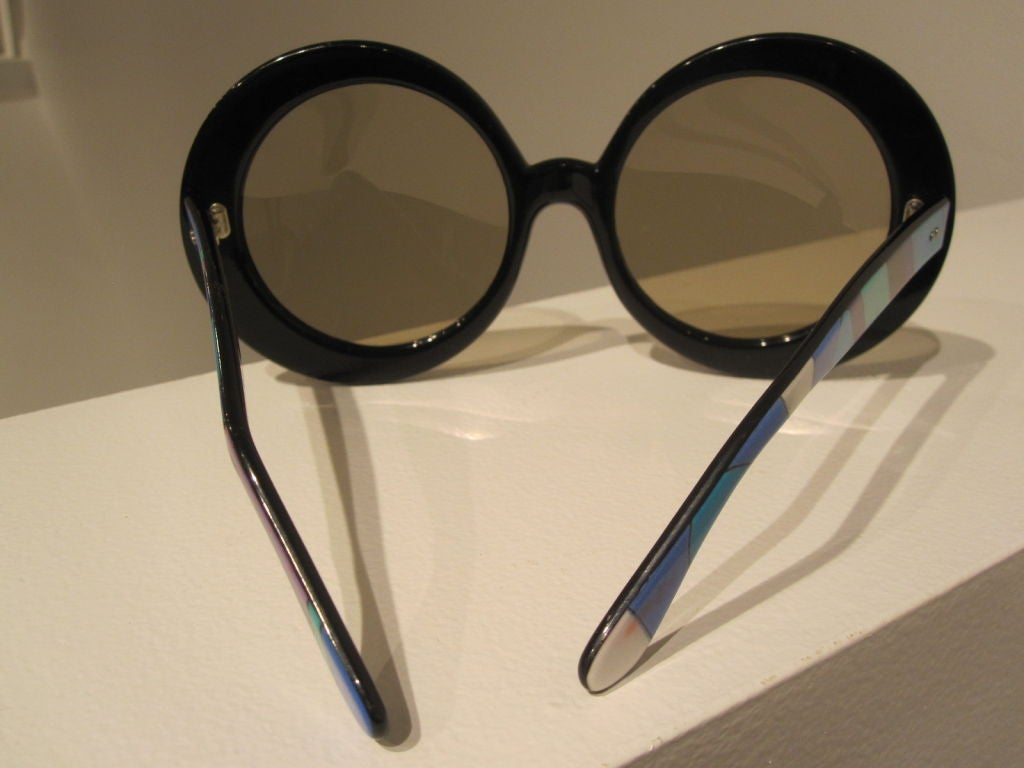 Pair of Vintage Oversized Sunglasses Designed by Emilio Pucci image 6