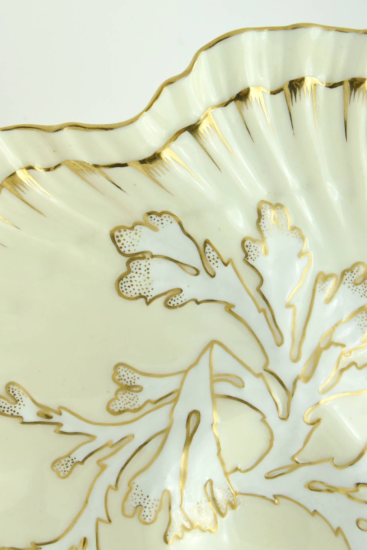 Porcelain Set of 12 19th c. Brownfield's for Tiffany Ivory & Gold Coral Reef Oyster Plates For Sale