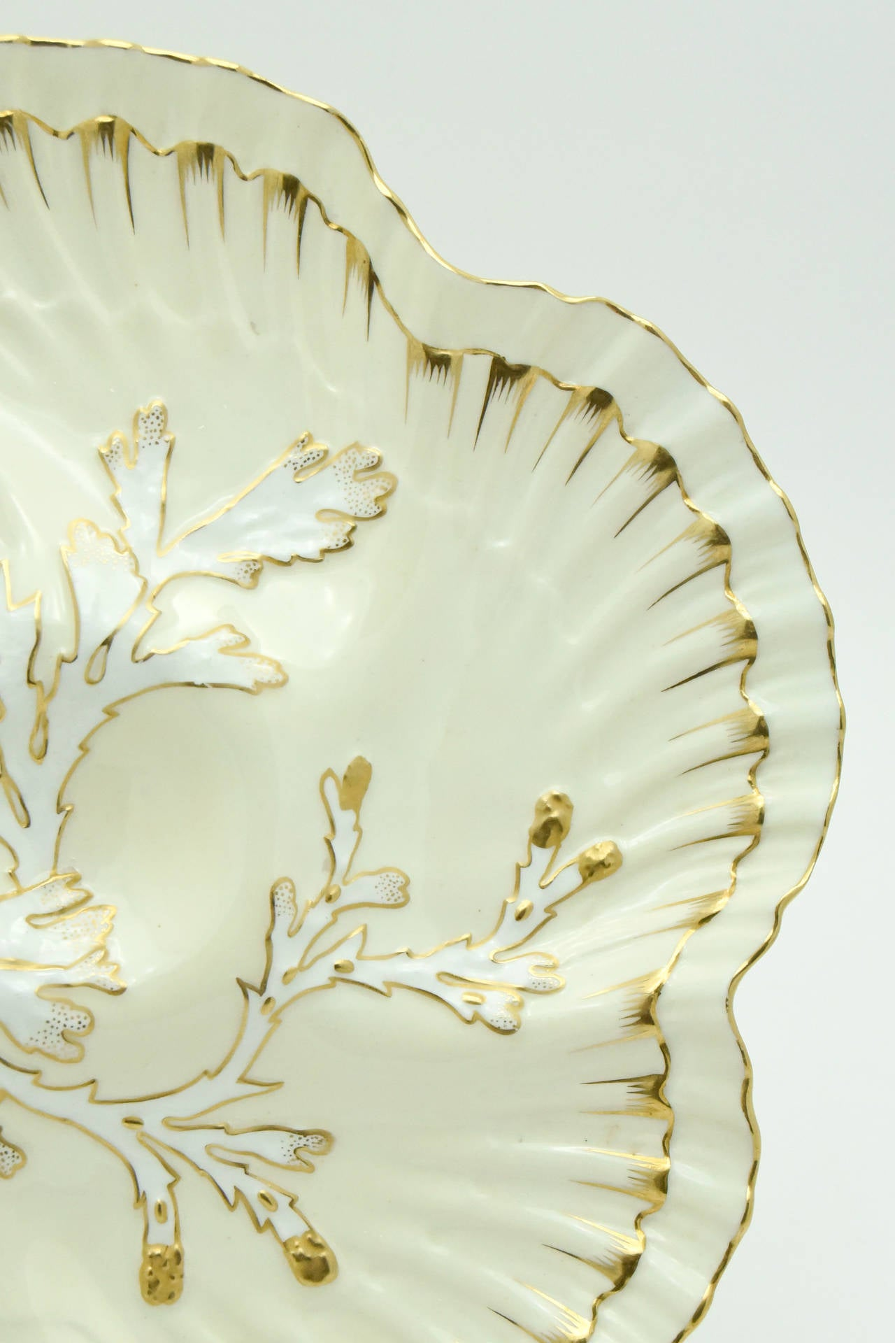 Set of 12 19th c. Brownfield's for Tiffany Ivory & Gold Coral Reef Oyster Plates In Excellent Condition For Sale In Great Barrington, MA