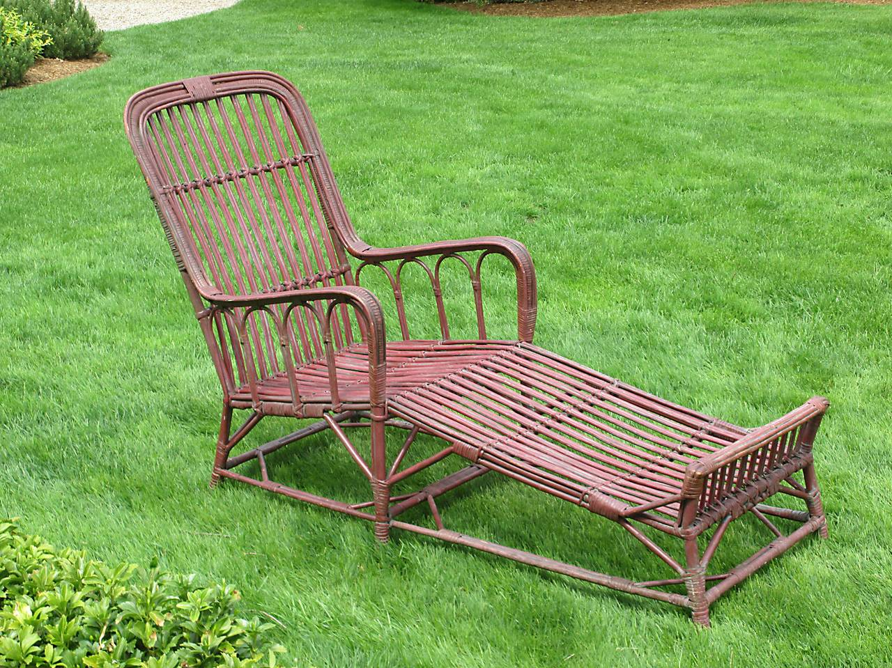 Stick wicker or rattan chaise lounge at 1stdibs for Chaise longue rattan sintetico