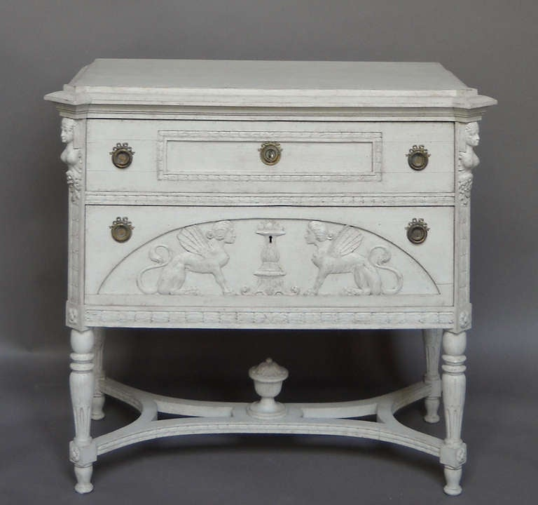 neoclassical style commode at 1stdibs. Black Bedroom Furniture Sets. Home Design Ideas