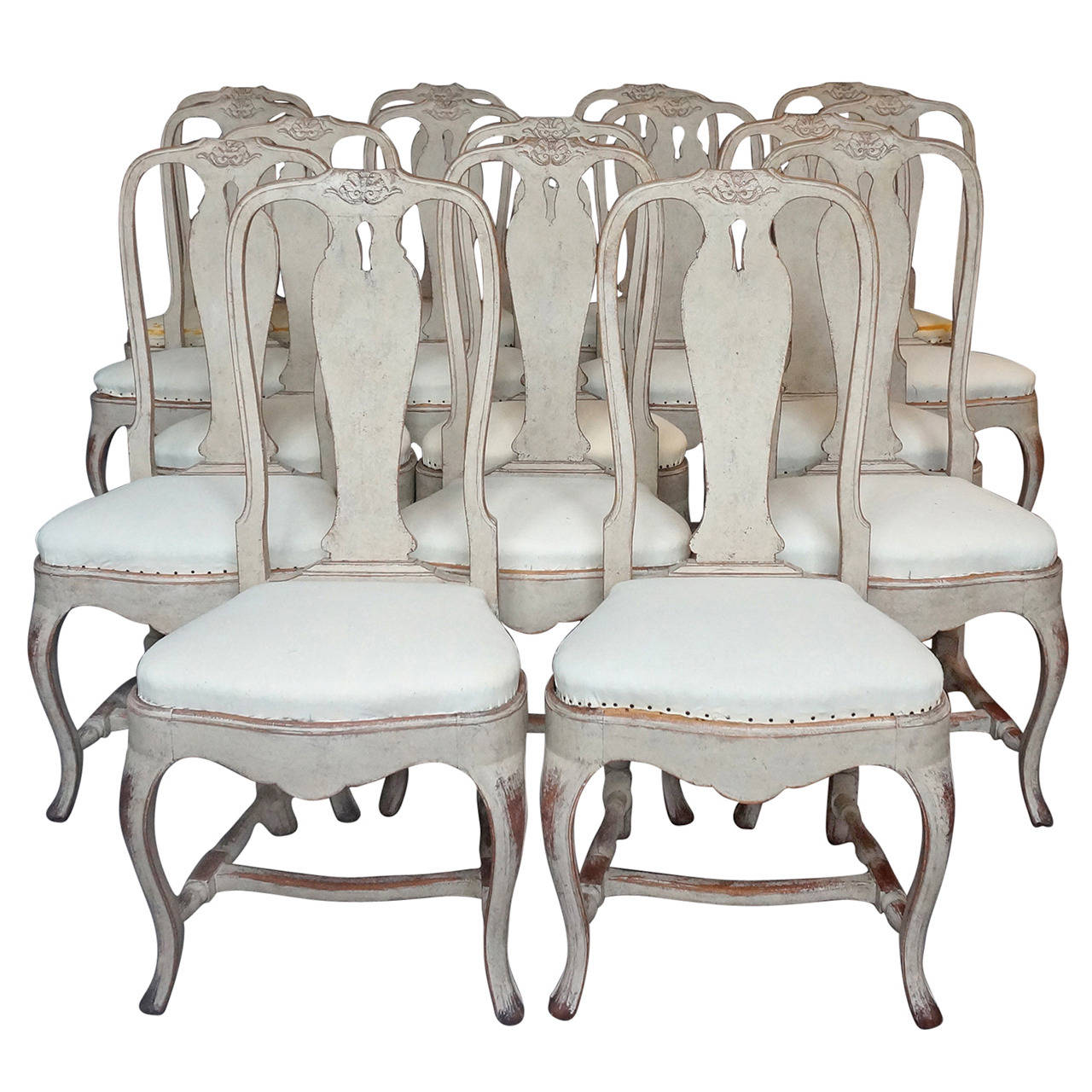 Set Of 16 Rococo Style Dining Chairs At 1stdibs