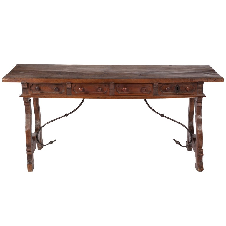 An italian baroque walnut center table 17th century at 1stdibs - Table baroque conforama ...