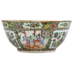 Chinese Canton Rose Medallion Punch Bowl, circa 1800