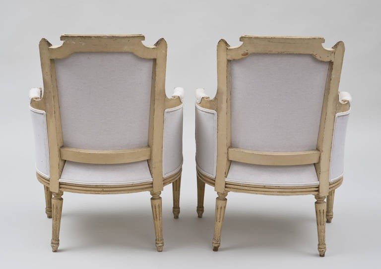 Pair of French Louis XVI Style Bergères For Sale 1