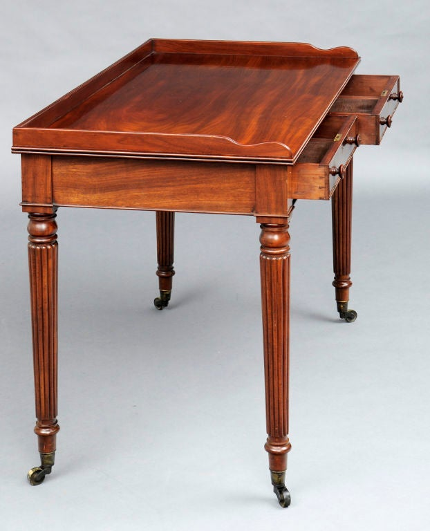 English Gillows Style Writing Table For Sale 1