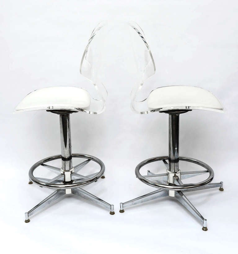Pair Of 1970 S Sculptural Lucite And Chrome Bar Stools